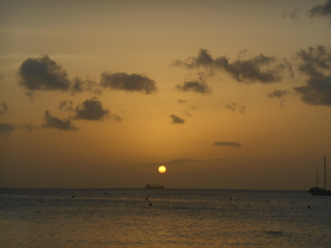 anse-mitan-sunset-martinique.jpg