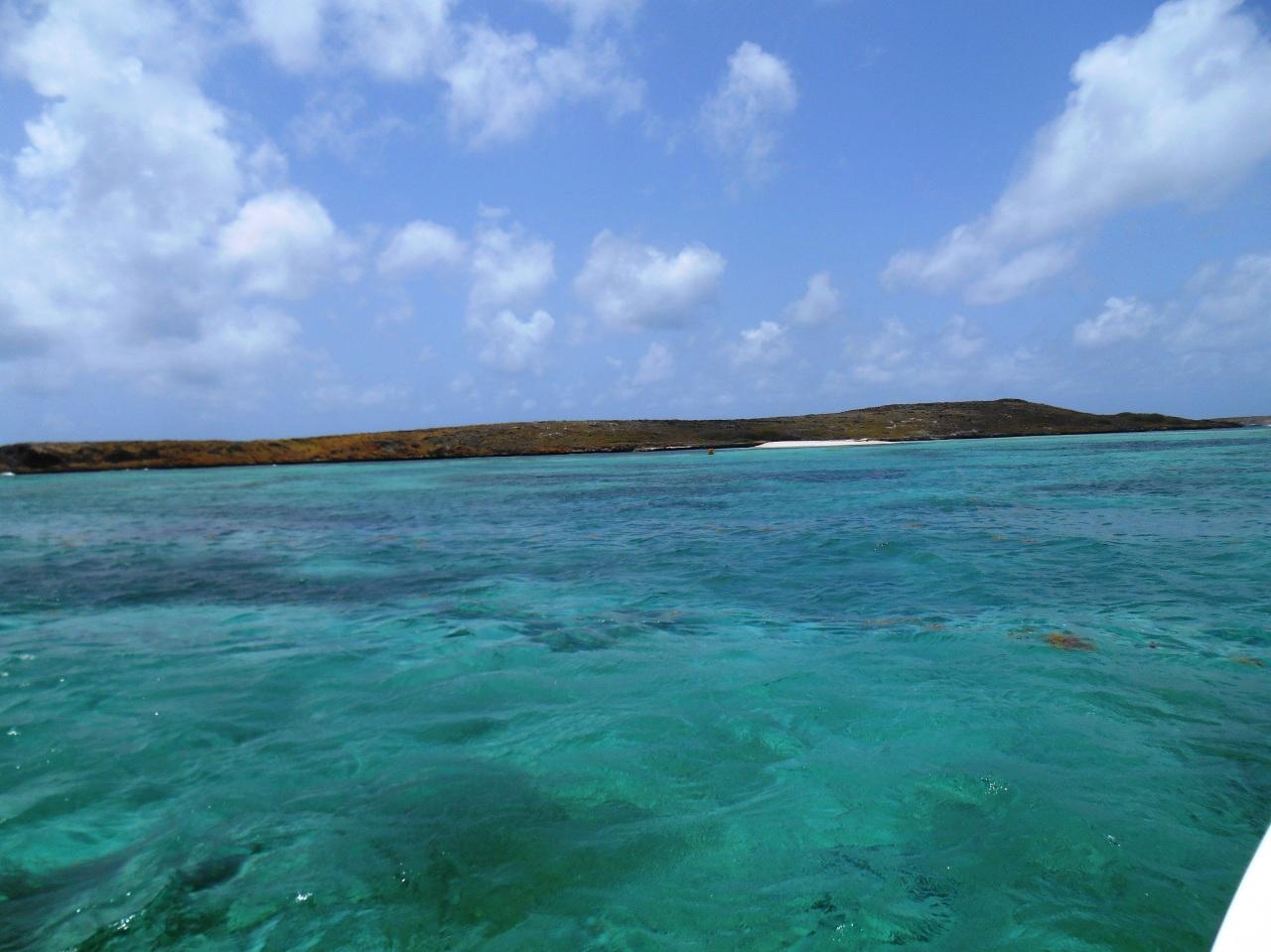 eaux-turquoises-fonds-blancs-martinique.jpg