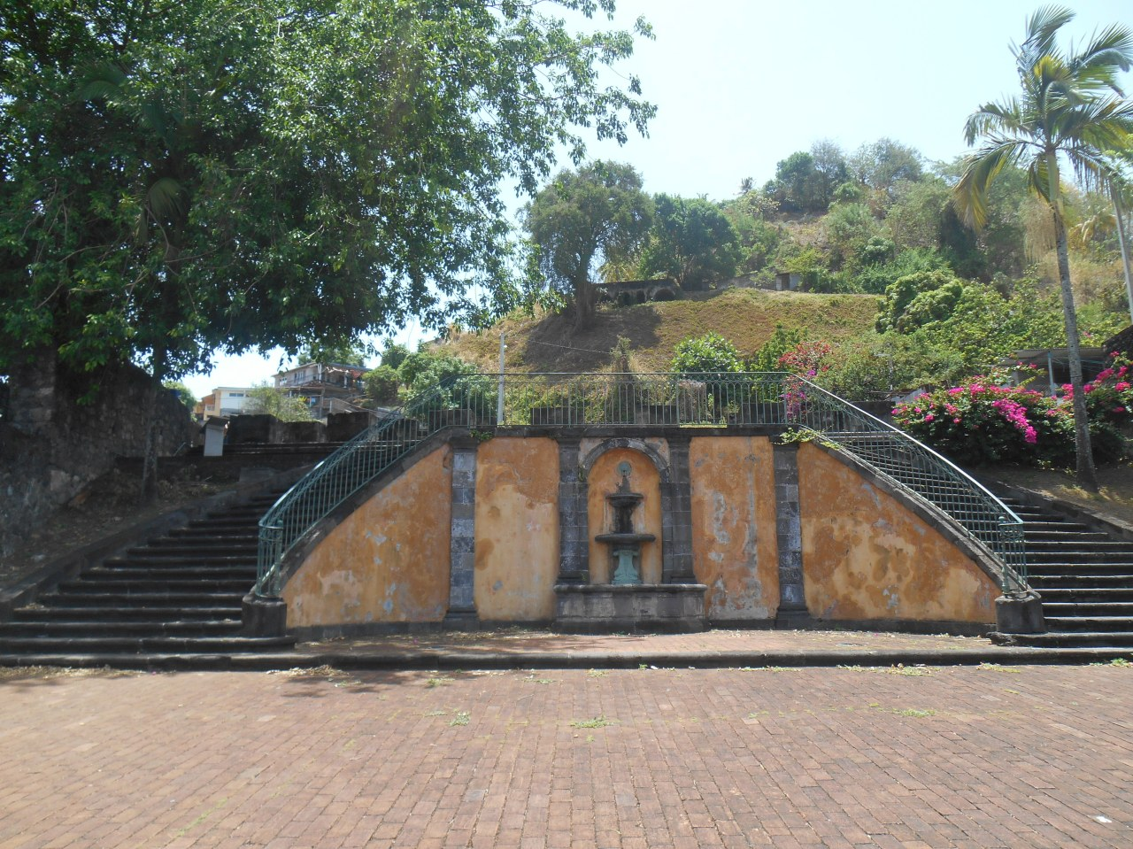 theatre-saint-pierre-martinique.jpg