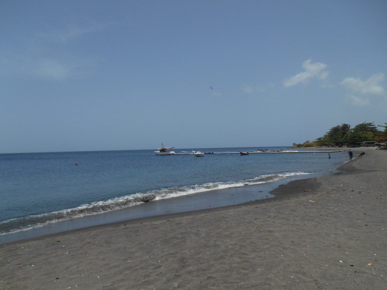 plage-de-saint-pierre-martinique.jpg