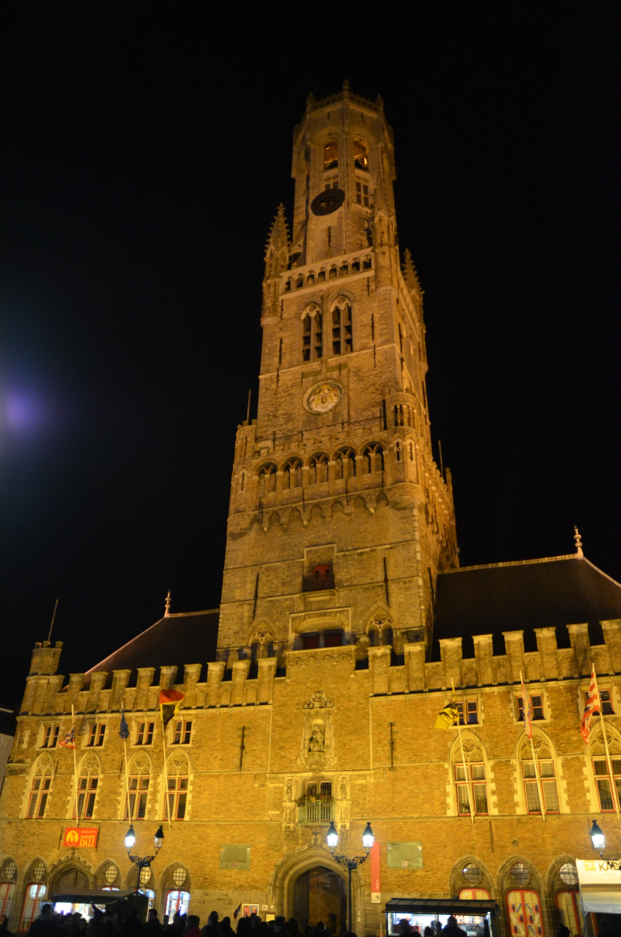 beffroi-de-bruges-by-night.jpg