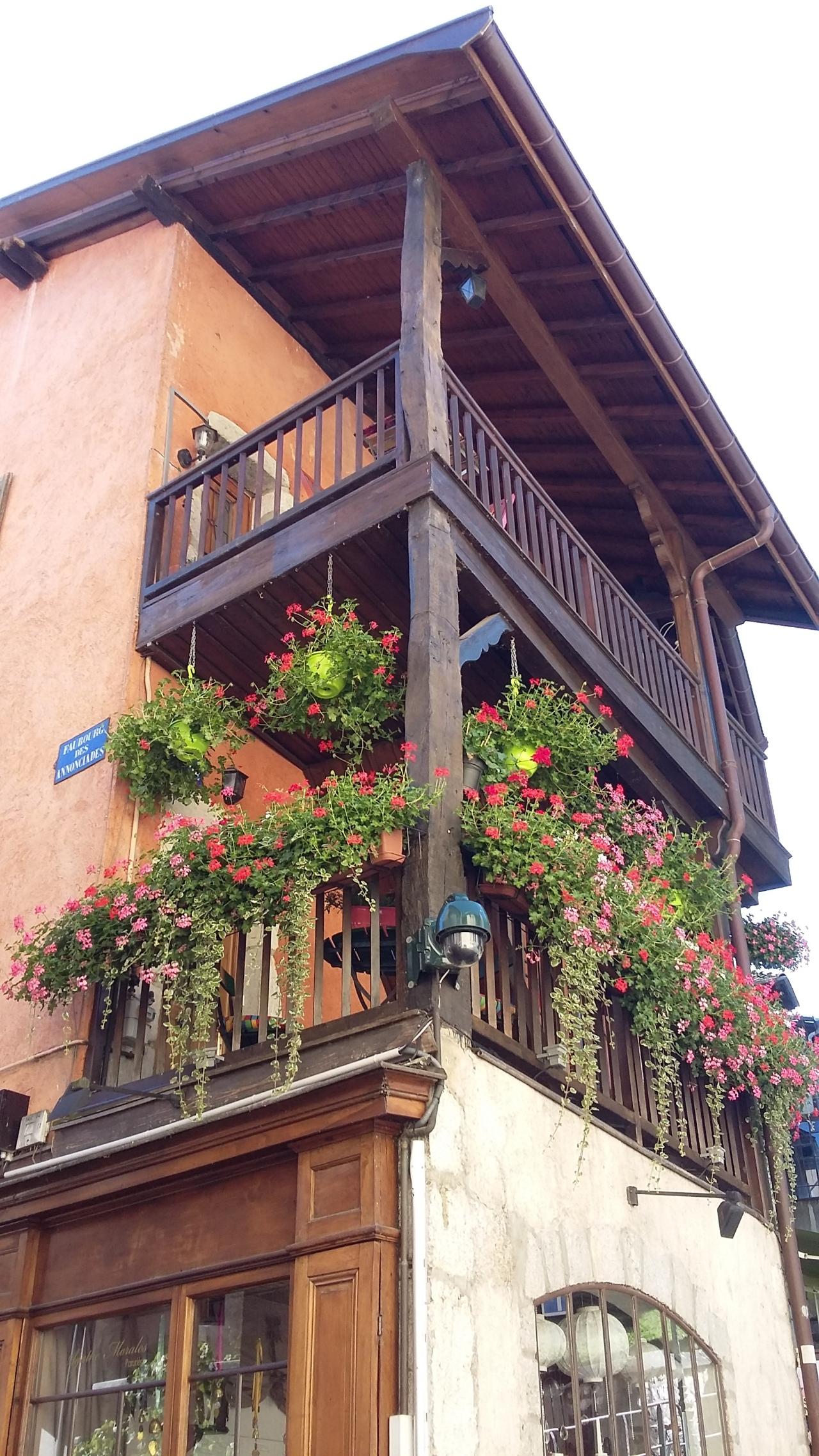 balcon-annecy.jpeg