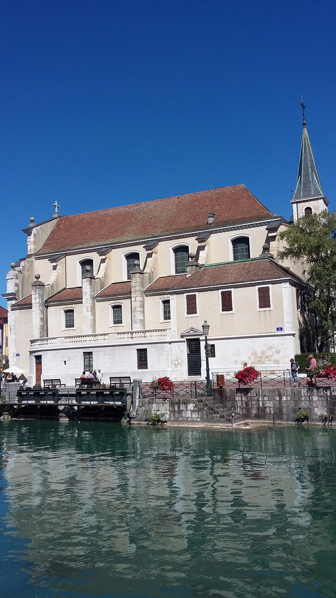 eglise-d-annecy.jpeg