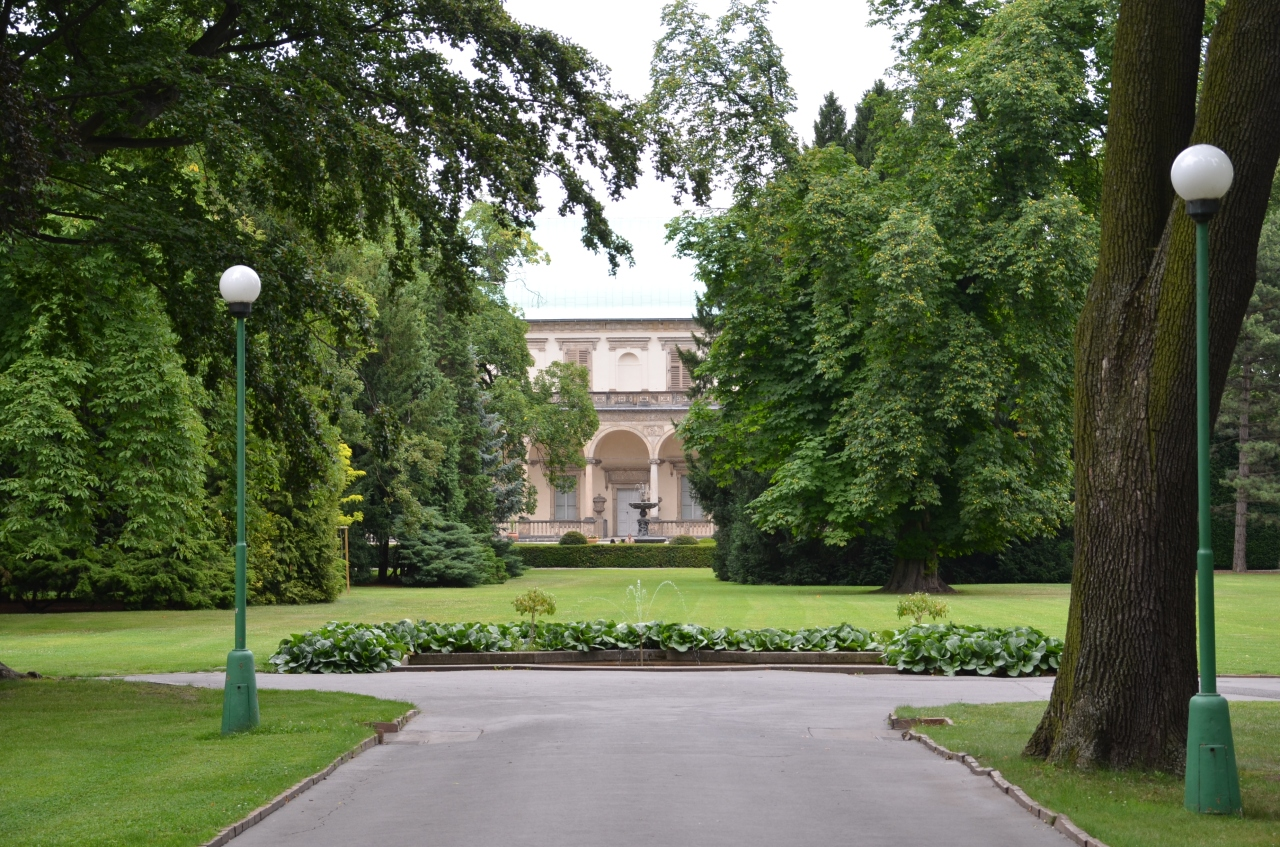 jardin-royal-prague.jpg