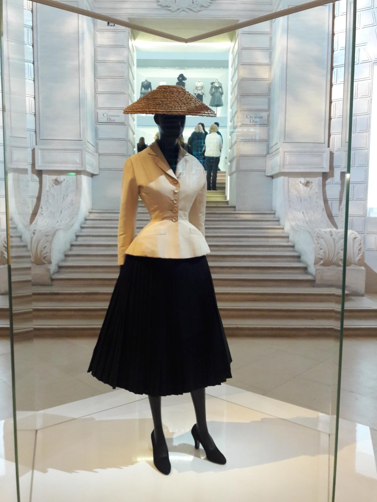 Christian Dior, couturier durêve.